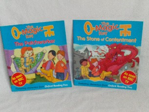 Fabulous Set of 2 'The Magic Key' Oxford Reading Tree Early Readers Books